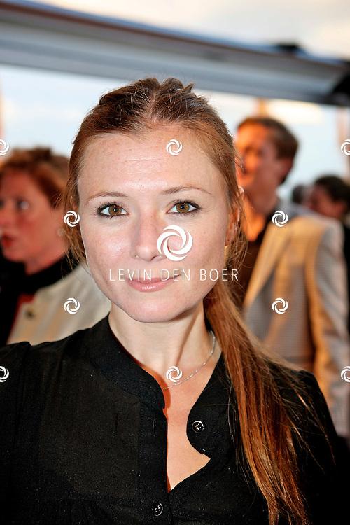 KATWIJK - Op vliegbasis Valkenburg hield Soldaat van Oranje een tweede premiere ter gelegenheid van een nieuwe Cast. Met op de foto Celine Purcell. FOTO LEVIN DEN BOER - PERSFOTO.NU