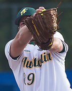 Harrison Peters pitches during the 2017 Men's World Softball Championship.