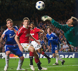 06.04.2011, Stamford Bridge, London, ENG, UEFA CL, Viertelfinale, Hinspiel, Chelsea FC (ENG) vs Manchester United (ENG), im Bild Chelsea's Fernando Torres sees his header saved by Manchester United's goalkeeper Edwin van der Sar during the UEFA Champions League Quarter-Final 1st leg match at Stamford Bridge, EXPA Pictures © 2011, PhotoCredit: EXPA/ Propaganda/ D. Rawcliffe *** ATTENTION *** UK OUT!