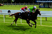 Sand Diego ridden by Pat Dobbs and trained by Peter Crate in the Visit Valuerater.Co.Uk For Best Free Tips Handicap (Value Rater Racing Club Summer Sprint Series) (Class 6)Sounds Commercial Bristol Maiden Stakes (Class 5) race. Brad The Brief ridden by David Probert and trained by Tom Dascombe in the Visit Valuerater.Co.Uk For Best Free Tips Handicap (Value Rater Racing Club Summer Sprint Series) (Class 6)Sounds Commercial Bristol Maiden Stakes (Class 5) race. - Ryan Hiscott/JMP - 21/08/2019 - PR - Bath Racecourse - Bath, England - Race Meeting at Bath Racecourse