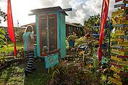 Eden's Garden Stand