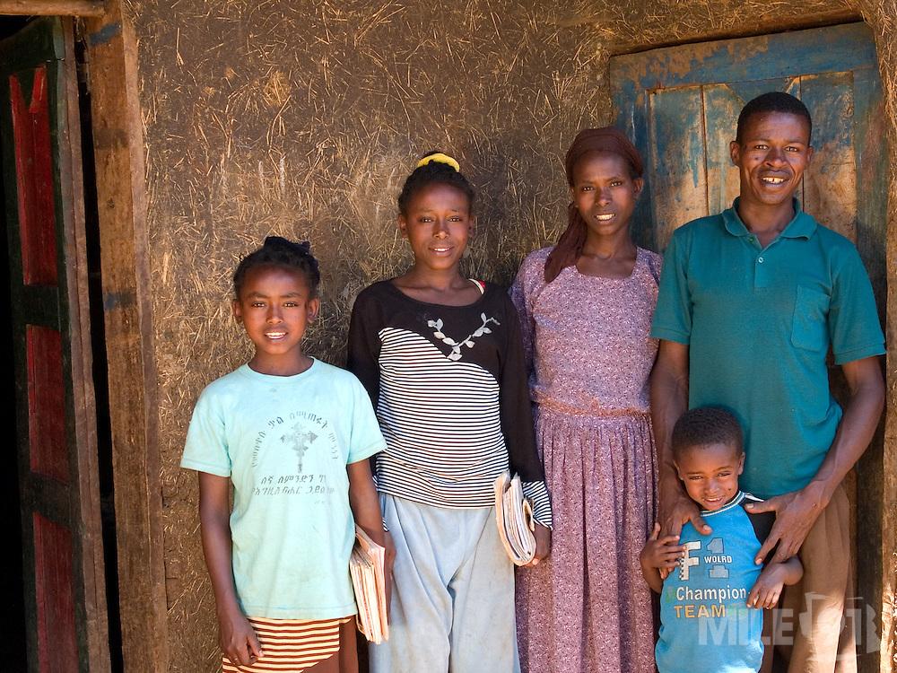 left to right; Tigist Banga, Elile Banga, Elfnesh Finta, Banga Bera, Tariku Banga.