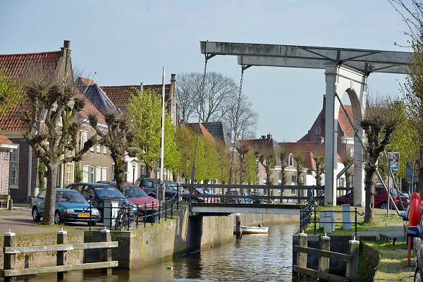 Nederland, Hasselt, 23-4-2015Hasselt is een stad in de gemeente Zwartewaterland in de provincie Overijssel. Hasselt ligt aan het Zwarte Water en de Dedemsvaart. De stad ligt aan de zuidgrens van de landstreek de Kop van Overijssel en aan de noordgrens van de landstreek Salland. Op 1 november 2014 had Hasselt 6964 inwoners. Het is sinds 2001 het bestuurlijk centrum van de gemeente Zwartewaterland.FOTO: FLIP FRANSSEN/ HOLLANDSE HOOGTE