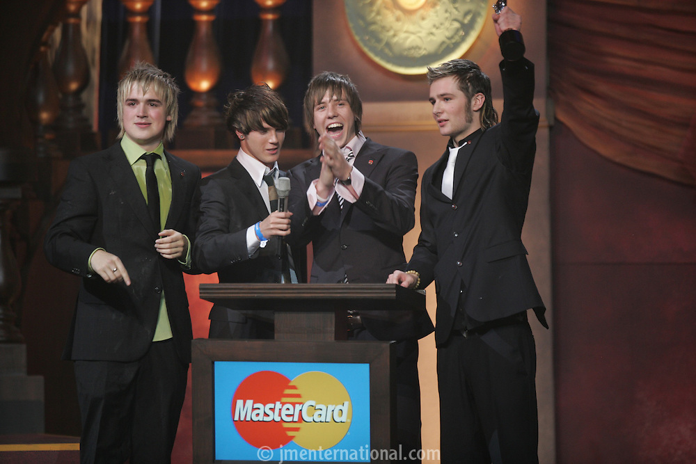 The BRIT Awards 2005 with MasterCard. Earls Court, London. Tuesday, Feb. 9, 2005 (John Marshall JME)