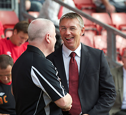 SOUTHAMPTON, WALES - Saturday, October 9, 2010: Tranmere Rovers' manager Les Parry and Southampton's Nigel Adkins during the Football League One match at the St Mary's Stadium. (Pic by David Rawcliffe/Propaganda)