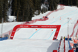 29.11.2017, Lake Louise, CAN, FIS Weltcup Ski Alpin, Lake Louise, Abfahrt, Damen, 2. Training, im Bild Zielgelände // finish area in action during the 2nd practice run of ladie's Downhill of FIS Ski Alpine World Cup at the Lake Louise, Canada on 2017/11/29. EXPA Pictures © 2017, PhotoCredit: EXPA/ SM<br /> <br /> *****ATTENTION - OUT of GER*****