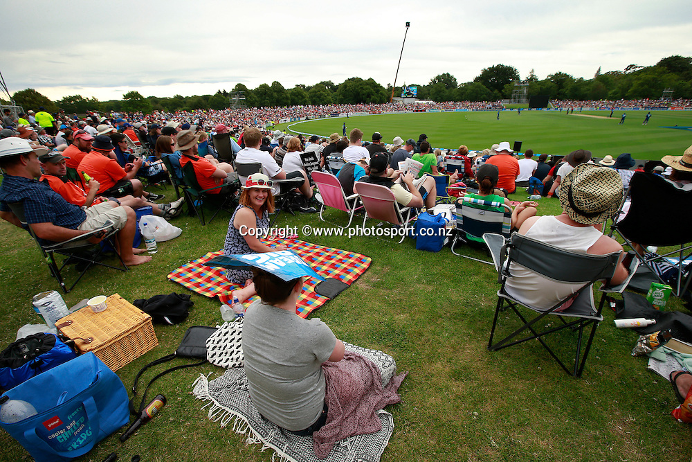 General View of the crowd on the embankment during the first ODI cricket game between the Black Caps v Sri Lanka at Hagley Oval, Christchurch. 11 January 2015 Photo: Joseph Johnson / www.photosport.co.nz
