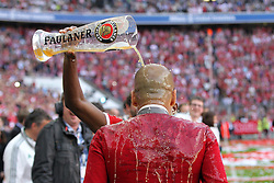 10.05.2014, Allianz Arena, Muenchen, GER, 1. FBL, FC Bayern Muenchen vs VfB Stuttgart, 34. Runde, im Bild Bierdusche Chef-Trainer Pep Guardiola (FC Bayern Muenchen) // during the German Bundesliga 34th round match between FC Bayern Munich and VfB Stuttgart at the Allianz Arena in Muenchen<br /> ***NETHERLANDS ONLY***