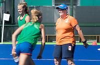 RIO DE JANEIRO (Brazilie) - De dames  van Oranje trainen vanmiddag in het Olympische hockeystadion . coach Alyson Annan (Ned).  COPYRIGHT KOEN SUYK