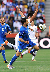 20.06.2010, Mbombela Stadion, Nelspruit, RSA, FIFA WM 2010, Italien vs Neuseeland im Bild Gianluca Zambrotta (Italia), EXPA Pictures © 2010, PhotoCredit: EXPA/ InsideFoto/ Perottino / SPORTIDA PHOTO AGENCY