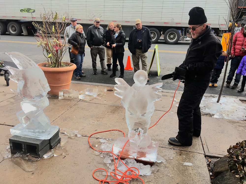 Berks Co., Ice carving festival, Richard Fredrick, West Reading, PA