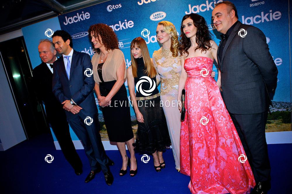AMSTERDAM - In DeLaMar theater is de filmpremiere van Jackie.  Met op de foto de cast van de nieuwe film Jackie. FOTO LEVIN DEN BOER - PERSFOTO.NU