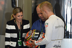 06.09.2014, Autodromo di Monza, Monza, ITA, FIA, Formel 1, Grand Prix von Italien, Qualifying, im Bild 06.09.2014, Autodromo di Monza, Monza, ITA, FIA, Formel 1, Grand Prix von Italien, Qualifying, im Bild Kevin Magnussen (DEN) McLaren with his Father Jan Magussen (DEN) and mother Britt // during the Qualifying of Italian Formula One Grand Prix at the Autodromo di Monza in Monza, Italy on 2014/09/06. EXPA Pictures © 2014, PhotoCredit: EXPA/ Sutton Images<br /> <br /> *****ATTENTION - for AUT, SLO, CRO, SRB, BIH, MAZ only*****