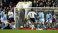 Photograph: Scott Heavey.<br />Tottenham Hotspur v Manchester City. Carling Cup. 03/12/2003.<br />Darren Anderton fires Spurs in to a 1-0 lead