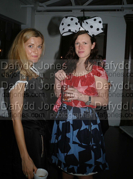 ANITA BORZYSZKVWSKA AND KATIE GRAND, Gap/ Red launch Dinner hosted by  Katie Grand at Bistrotheque. Bethnal Green. London. 29 November 2007.  -DO NOT ARCHIVE-© Copyright Photograph by Dafydd Jones. 248 Clapham Rd. London SW9 0PZ. Tel 0207 820 0771. www.dafjones.com.