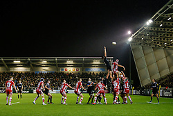 Newcastle Lock Calum Green wins a lineout from Gloucester Lock Tom Palmer - Photo mandatory by-line: Rogan Thomson/JMP - 07966 386802 - 21/11/2014 - SPORT - RUGBY UNION - Newcastle upon Tyne, England - Kingston Park - Newcastle Falcons v Gloucester Rugby - Aviva Premiership.