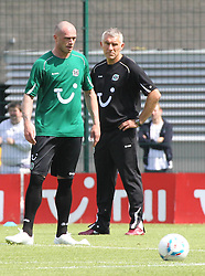 24.06.2011, AWD Arena, Hannover, GER, 1.FBL, Hannover 96 Vorstellung Trikot im Bild  Trainer Mirko Slomka mit Neuerwerbung Christian Pander von Schalke 04.   EXPA Pictures © 2011, PhotoCredit: EXPA/ nph/  Rust       ****** out of GER / SWE / CRO  / BEL ******