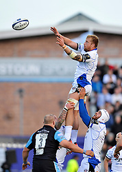 Dominic Day of Bath Rugby rises high to win lineout ball - Photo mandatory by-line: Patrick Khachfe/JMP - Mobile: 07966 386802 18/10/2014 - SPORT - RUGBY UNION - Glasgow - Scotstoun Stadium - Glasgow Warriors v Bath Rugby - European Rugby Champions Cup