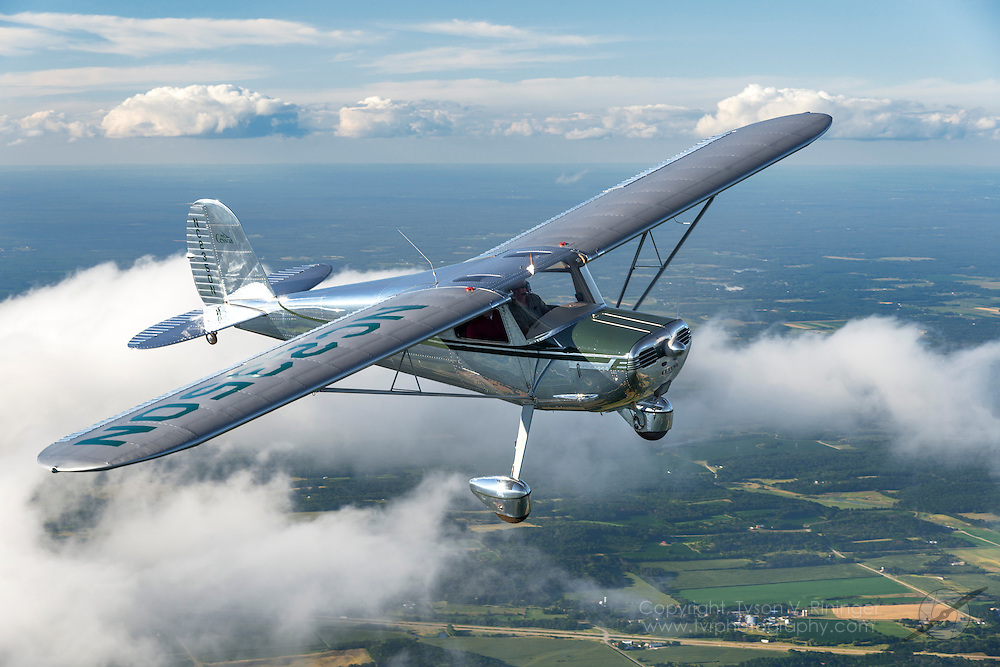 Cessna 140 NC2350N flown by Richard Harris.