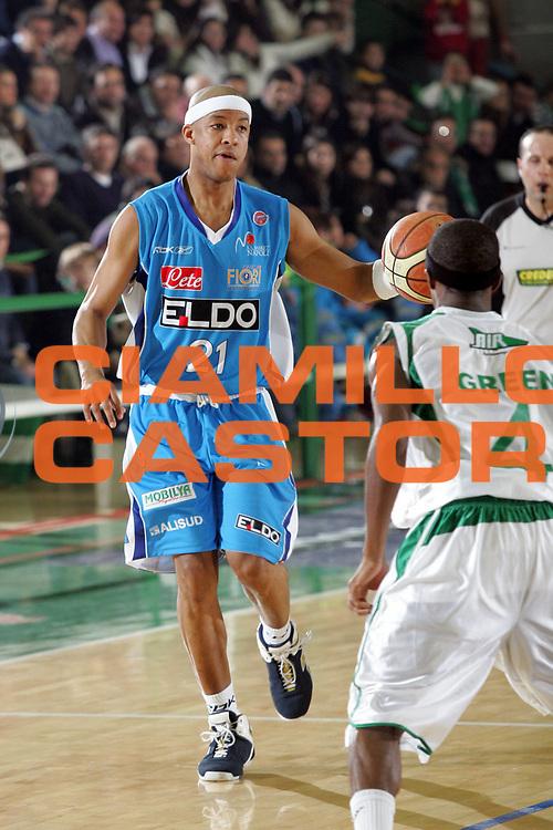 DESCRIZIONE : Avellino Lega A1 2007-08 Air Avellino Eldo Napoli<br /> GIOCATORE : Filiberto Rivera<br /> SQUADRA : Eldo Napoli<br /> EVENTO : Campionato Lega A1 2007-2008 <br /> GARA : Air Avellino Eldo Napoli<br /> DATA : 08/12/2007<br /> CATEGORIA : Palleggio<br /> SPORT : Pallacanestro <br /> AUTORE : Agenzia Ciamillo-Castoria/A.De Lise