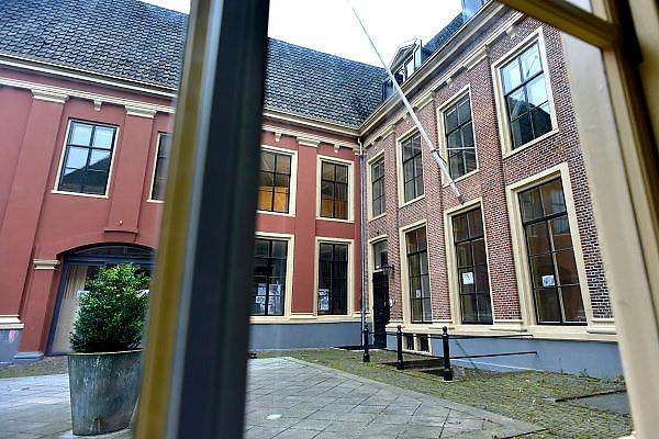 Nederland, Zutphen, 3-12-2014De opleiding tot rechter is vetrokken uit Zutphen. Dit is een gevoelige klap voor de lokale economie. Het goede nieuws is dat in het grote pand door de gemeente twee musea gehuisvest gaan worden. Zicht op het gebouwFOTO: FLIP FRANSSEN/ HOLLANDSE HOOGTE