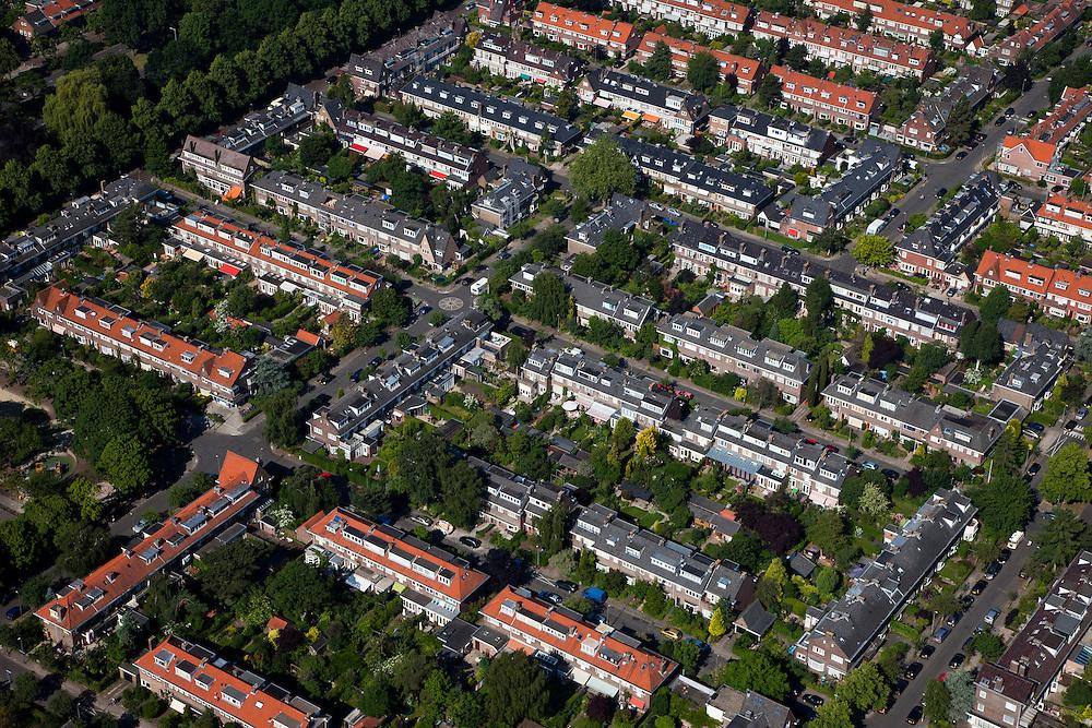 Nederland, Utrecht, Utrecht, 23-06-2010; Tuindorp, vroegere buitenwijk.luchtfoto (toeslag), aerial photo (additional fee required).foto/photo Siebe Swart