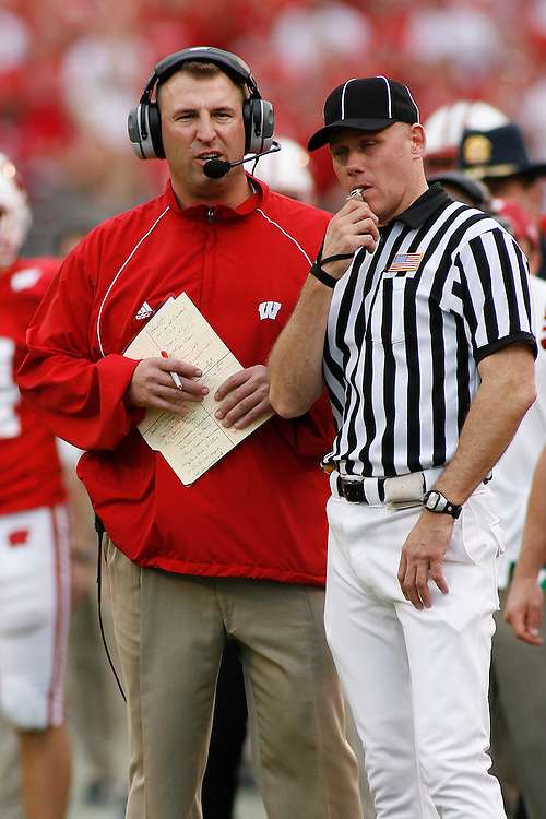 University of Wisconsin head coach Bret Bielema chats with a game official during the Wisconsin Badgers 17-14 victory over the Arkansas Razorbacks in the Capital One Bowl at the Florida Citrus Bowl Stadium in Orlando, Florida on January 1, 2007.