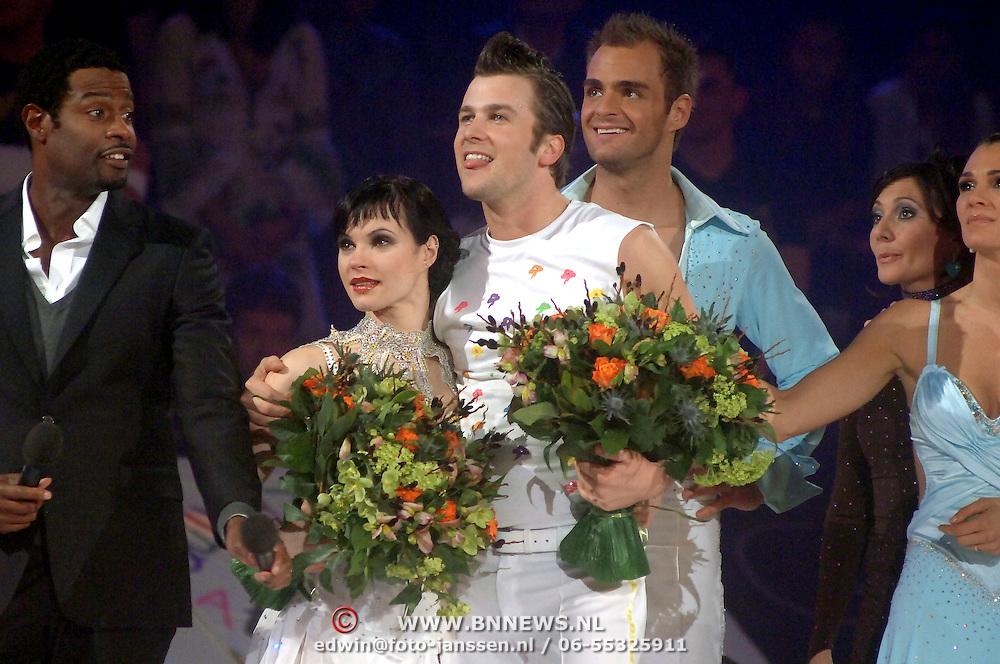 NLD/Baarn/20070314 - 10de Live uitzending RTL Dancing on Ice 2007, uitslag, Winston Gerstanowitz en schaatspartner Katja Golovatenko