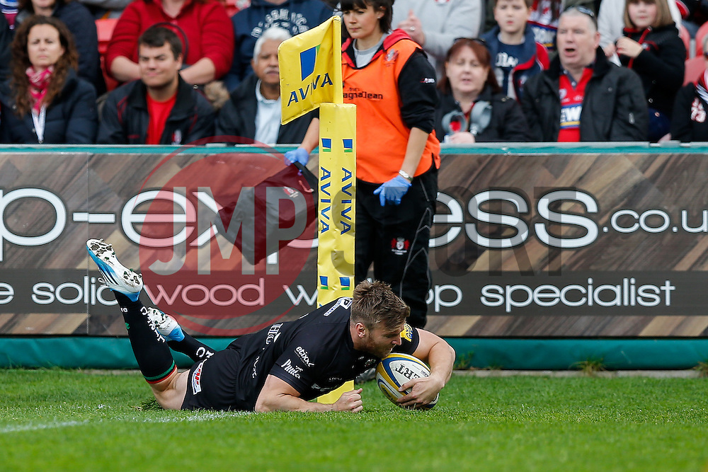 London Irish replacement Andy Short scores a late consolation try - Photo mandatory by-line: Rogan Thomson/JMP - 07966 386802 - 09/05/2015 - SPORT - RUGBY UNION - Gloucester, England - Kingsholm Stadium - Gloucester Rugby v London Irish - Aviva Premiership.