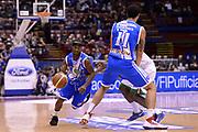 DESCRIZIONE : Milano Coppa Italia Final Eight 2014 Finale Montepaschi Siena Banco di Sardegna Sassari<br /> GIOCATORE : Marques Green<br /> CATEGORIA : palleggio penetrazione blocco<br /> SQUADRA : Banco di Sardegna Sassari<br /> EVENTO : Beko Coppa Italia Final Eight 2014<br /> GARA : Montepaschi Siena Banco di Sardegna Sassari<br /> DATA : 09/02/2014<br /> SPORT : Pallacanestro<br /> AUTORE : Agenzia Ciamillo-Castoria/C.De Massis<br /> Galleria : Lega Basket Final Eight Coppa Italia 2014<br /> Fotonotizia : Milano Coppa Italia Final Eight 2014 Finale Montepaschi Siena Banco di Sardegna Sassari<br /> Predefinita :