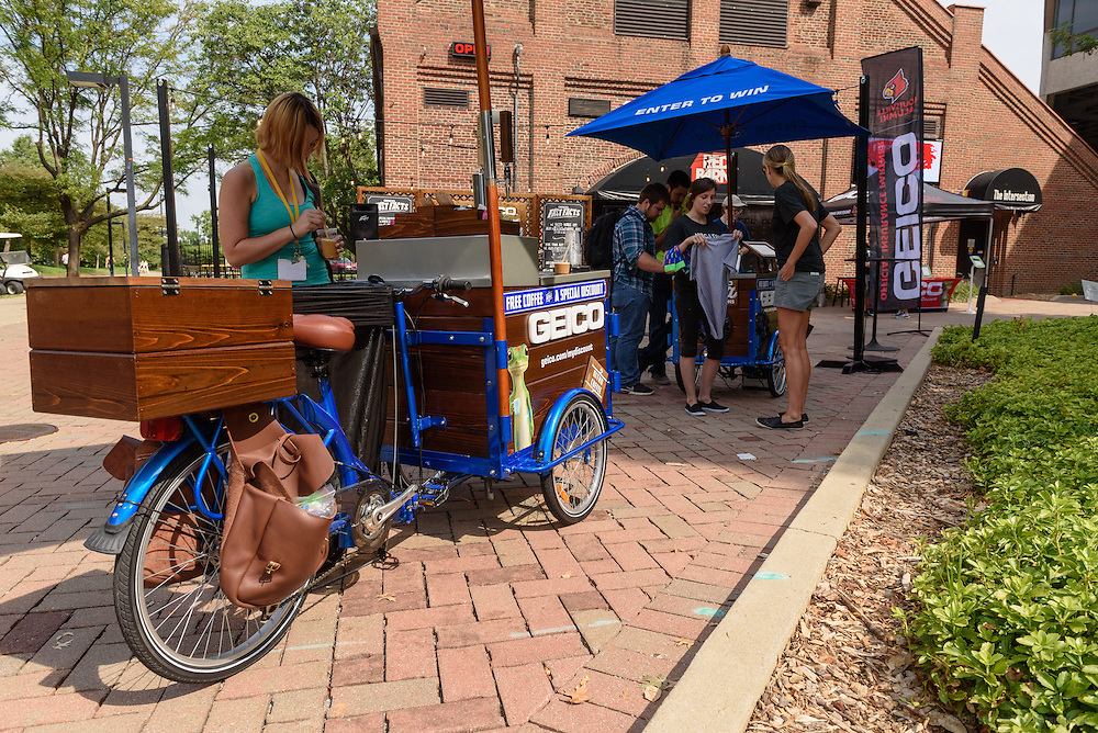 The Geico Java Jam Session event featuring live music, free Nitro Coffee and giveaways Friday, Sept. 16, 2016 outside the George J. Howe Red Barn on the U of L campus in Louisville, Ky. (Photo by Brian Bohannon for Motive)