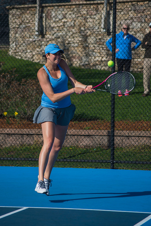 4/1/16 - Medford/Somerville, MA - Otilia Popa and Jacqueline Baum team up during the Tufts women's tennis matches against Colby on the Voute Tennis Courts on Apr 1, 2016. (Ray Bernoff / The Tufts Daily)