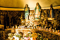 Gruta de Pedras nos fundos da Catedral Santo Antônio. Chapecó, Santa Catarina, Brasil. / <br /> Monument to Our Lady. Chapeco, Santa Catarina, Brazil.