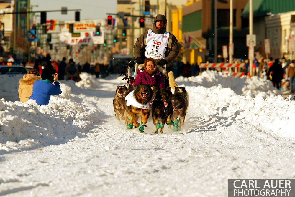 3/3/2007:  Anchorage Alaska -  Rookie Richard Hum of Talkeetna, AK during the Ceremonial Start of the 35th Iditarod Sled Dog Race