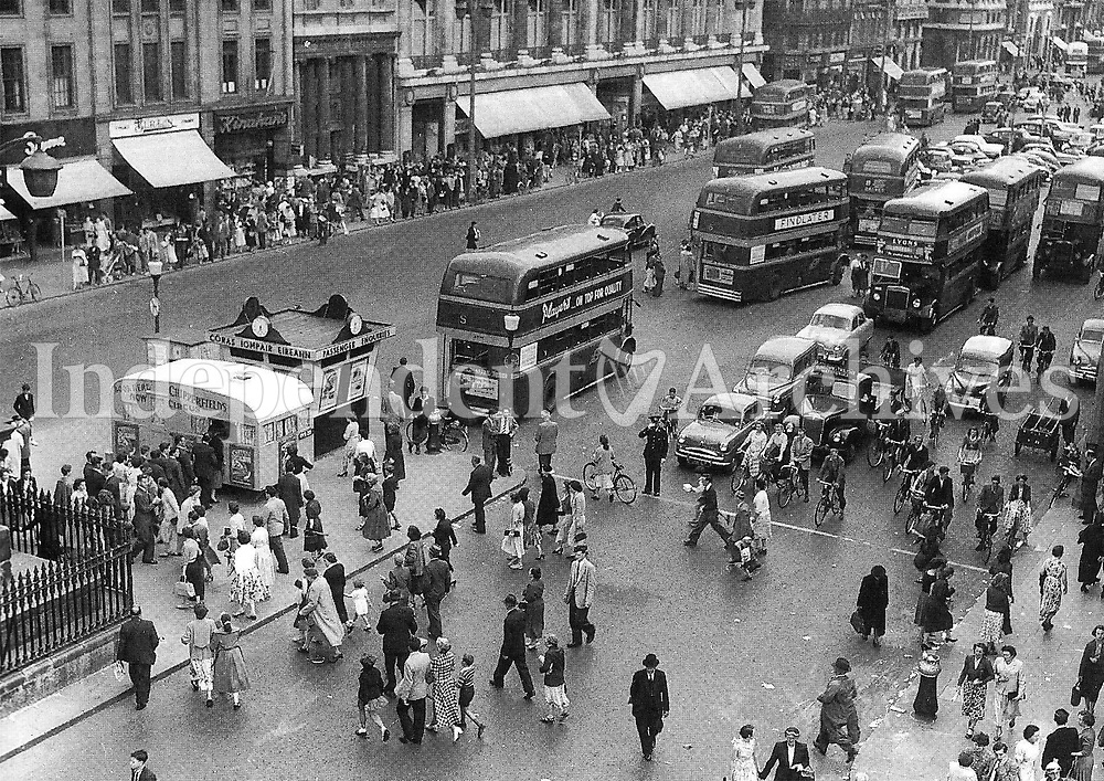 Picture of O'Connell Street in Dublin in the 1960's. (Part of the Independent Newspapers/NLI Collection)