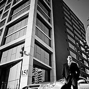 EL DR. VICENTE SANCHEZ, CIRUJANO PLASTICO, DIRECTOR MEDICO DE LA CLINICA DE CIRUGIA PLASTICA Y ESTETICA ESSENZA, JUNTO A SU MERCEDES AMG. SANTIAGO DE CHILE. 10-06-2012 Alvaro de la Fuente/TRIPLE.cl