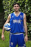 SONDRIO, ESTATE 2002<br /> POSATI NAZIONALE ITALIANA MASCHILE<br /> NELLA FOTO: WALTER SANTAROSSA<br /> FOTO CIAMILLO