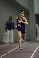 London, Ontario ---10-01-23---  Jen  Perrault of the Western Mustangs competes at the 2010 Don Wright Team Challenge in London, Ontario, January 23, 2010..GEOFF ROBINS Mundo Sport Images