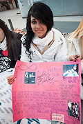 Wendy (18)   waiting since 3 days for the concert of Justin Bieber at the Palacio de los deportes in Madrid