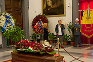 Roma 6 Agosto 2012.Il funerale di Renato Nicolini ex Assessore alla Cultura del comune di Roma nel periodo 1976 - 1985 e inventore dell'Estate Romana, nella sala della  Promototeca  in Campidoglio..Il ricordo di Maurizio Scaparro.