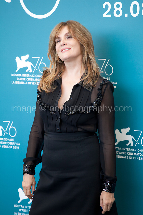 Venice, Italy, 30th August 2019, Emmanuelle Seigner at the photocall for the film J'Accuse (An Officer And A Spy) at the 76th Venice Film Festival, Sala Grande. Credit: Doreen Kennedy/Alamy Live News