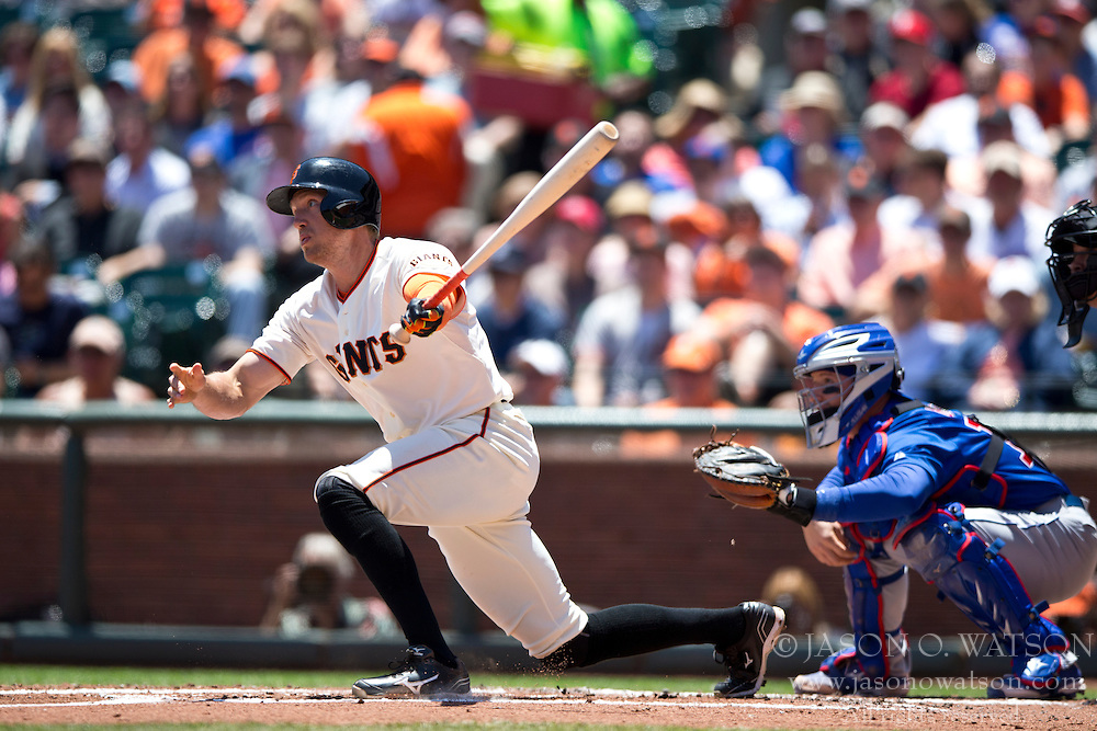SAN FRANCISCO, CA - MAY 28:  Hunter Pence #8 of the San Francisco Giants at bat against the Chicago Cubs during the first inning at AT&T Park on May 28, 2014 in San Francisco, California.  The San Francisco Giants defeated the Chicago Cubs 5-0.  (Photo by Jason O. Watson/Getty Images) *** Local Caption *** Hunter Pence