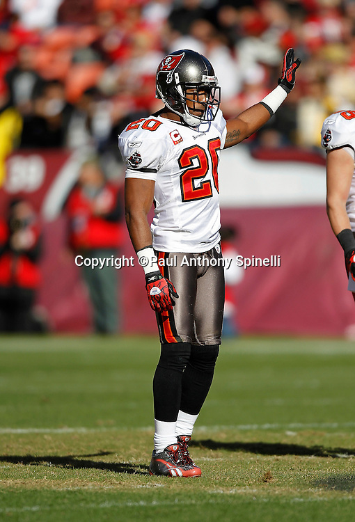Tampa Bay Buccaneers cornerback Ronde Barber (20) gestures with his hand during the NFL week 11 football game against the San Francisco 49ers on Sunday, November 21, 2010 in San Francisco, California. The Bucs won the game 21-0. (©Paul Anthony Spinelli)