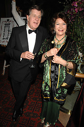 SIMON ELLIOT and LADY ASHCOMBE at The Diner Des Tsars in aid of Unicef to celebrate the launch of Quintessentially Wine held at the Guildhall, London EC2 on 29th March 2007.<br />