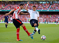 DUBLIN, REPUBLIC OF IRELAND - Saturday, August 5, 2017: Liverpool's Roberto Firmino and Athletic Club Bilbao's Mikel San José during a preseason friendly match between Athletic Club Bilbao and Liverpool at the Aviva Stadium. (Pic by David Rawcliffe/Propaganda)