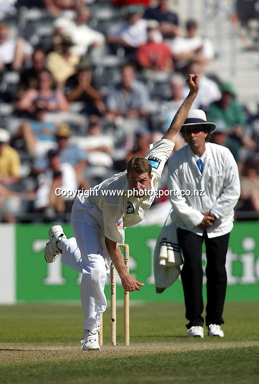 Chris Drum bowls during day 3 of the 1st cricket test between New Zealand and England, 15 March, 2002, Jade Stadium, Christchurch. Photo: Chris Skelton/PHOTOSPORT<br />