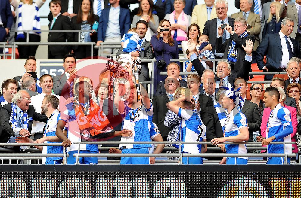 Bristol Rovers celebrate - Photo mandatory by-line: Neil Brookman/JMP - Mobile: 07966 386802 - 17/05/2015 - SPORT - football - London - Wembley Stadium - Bristol Rovers v Grimsby Town - Vanarama Conference Football