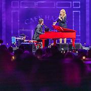 NLD/Amsterdam/20200306 - Holland Zingt Hazes 2020, Samantha Steenwijk en Jeroen van der Boom