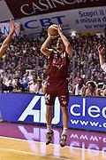 DESCRIZIONE : Venezia Lega A 2014-15 Umana Venezia-Grissin Bon Reggio Emilia  playoff Semifinale gara 5<br /> GIOCATORE :Ress Tomas<br /> CATEGORIA : Tiro Tre Punti <br /> SQUADRA : Umana Venezia<br /> EVENTO : LegaBasket Serie A Beko 2014/2015<br /> GARA : Umana Venezia-Grissin Bon Reggio Emilia playoff Semifinale gara 5<br /> DATA : 07/06/2015 <br /> SPORT : Pallacanestro <br /> AUTORE : Agenzia Ciamillo-Castoria /GiulioCiamillo<br /> Galleria : Lega Basket A 2014-2015 Fotonotizia : Reggio Emilia Lega A 2014-15 Umana Venezia-Grissin Bon Reggio Emilia playoff Semifinale gara 5<br /> Predefinita :