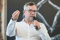 24 JUN 2019, BERLIN/GERMANY:<br /> Michael Roth, MdB, Staatsminister für Europa im Auswärtigen Amt, Wirtschaftsforum der SPD, Arbeitssitzung des Fachforums Europa und Außenwirtschaft, Hauptstadtrepräsentanz von Telefónica<br /> IMAGE: 20190724-01-053